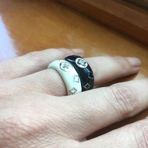 Black Enamel Ring With Crystal Detail